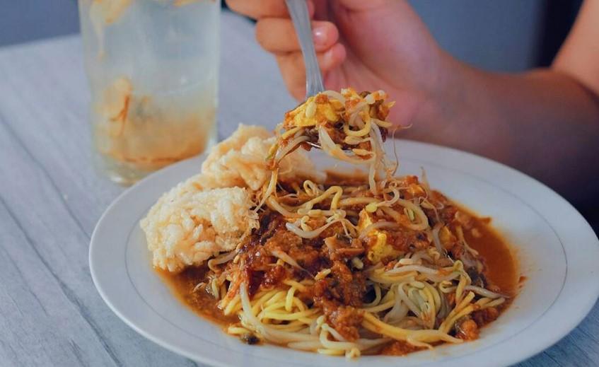 Makanan Khas Jawa Barat-Tauge Goreng